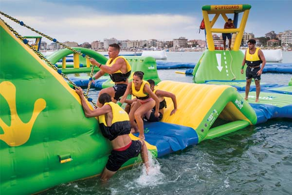 Water Park BOABAY - Young People HotelsYoung People Hotels