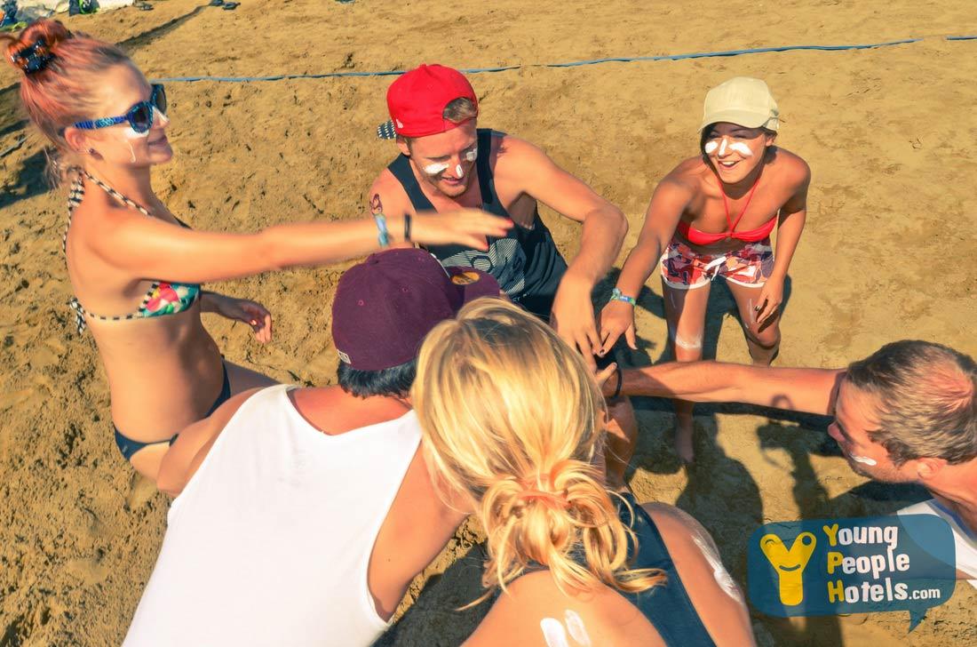beach-volley-ragazzi-spiaggia-rimini