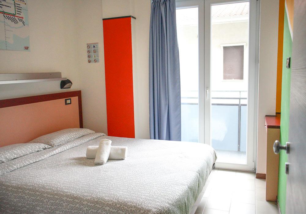 interno camera-hotel-elba di Rimini